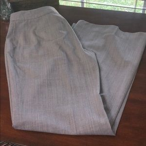 🔴WHBM Gray Contour Dress Flare Pants Size 6